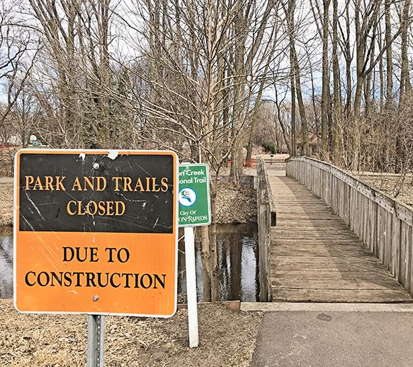 Sign that says &#34Parks and Trails Closed&#34